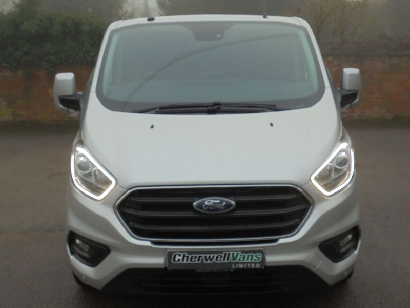 View FORD TRANSIT CUSTOM 2.0 300 Limited Double Cab Van EcoBlue Auto SWB *NO VAT* 9,000 Miles